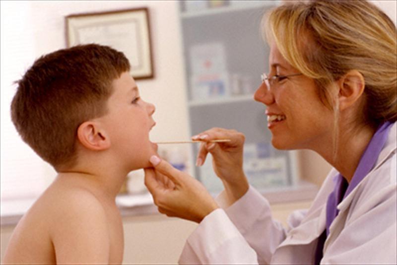 Điều trị viêm amidan ở trẻ em như thế nào hiệu quả