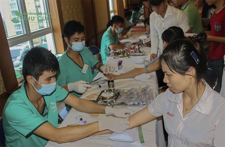 Khám sức khỏe có làm xét nghiệm máu không?