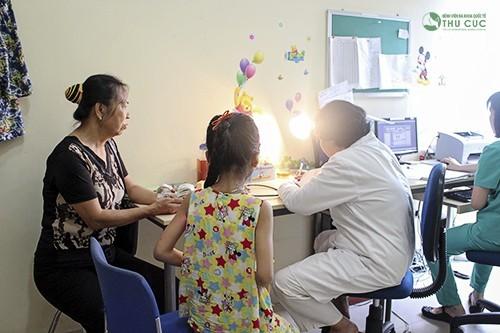 Khám sức khỏe cho bé đi học tại Bệnh viện Thu Cúc