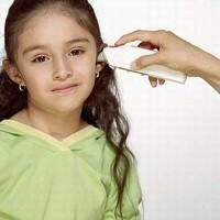 Viêm tai giữa thanh dịch không chảy mủ tai