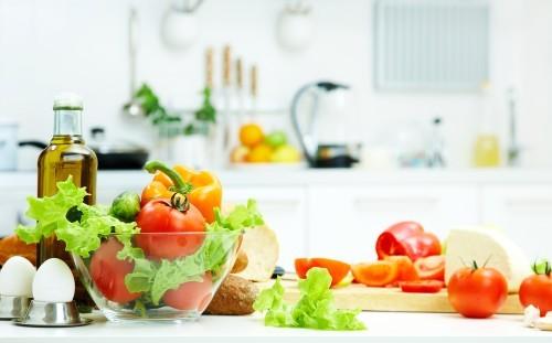 Ngộ độc thức ăn uống sữa được không - tốt nhất nên lựa chọn thực phẩm sạch và có tính chất mềm, dễ tiêu hóa
