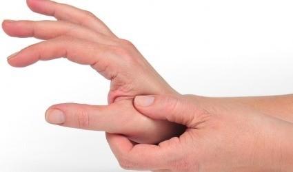 Cách chữa viêm khớp ngón tay cái