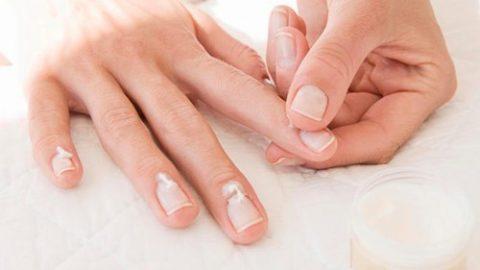 Bệnh nấm móng tay có nguy hiểm không?