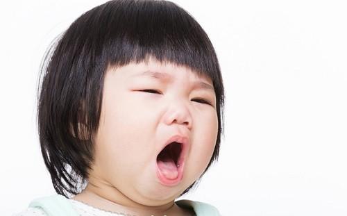 Cách chữa ho lâu ngày cho trẻ cháu ho nhiều nên rất lo