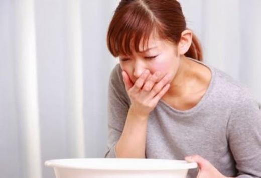 Cách xử trí đau bụng do ngộ độc thức ăn