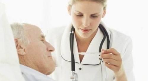 Người bị nhồi máu cơ tim cần được chăm sóc và theo dõi 24/24