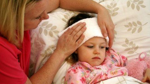 7 Triệu chứng ung thư máu ở trẻ em thường gặp nhất