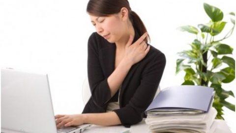Đau mỏi cơ vai gáy sáng tỉnh dậy mà tôi thấy đau mỏi cơ