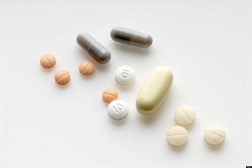 Viêm đường tiết niệu mạn tính thường được điều trị lâu dài bằng kháng sinh liều thấp trong hơn 1 tuần sau khi các triệu chứng ban đầu giảm dần.