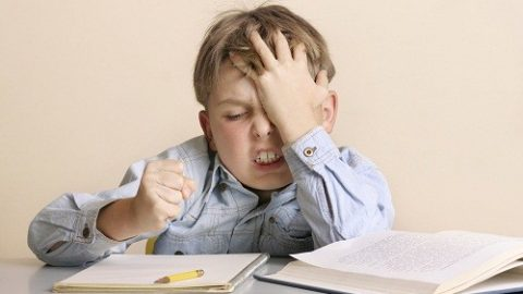 Nguyên nhân gây đau đầu thường xuyên ở trẻ em