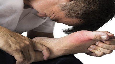 Nguyên nhân gây đau khớp đột ngột mức độ nghiêm trọng