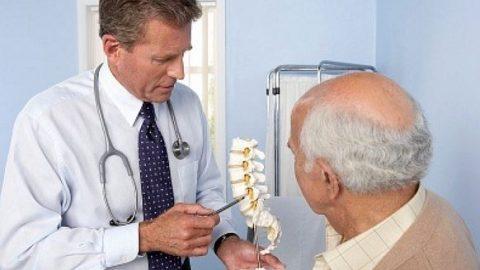 Nguyên nhân gây đau thắt lưng ở người cao tuổi