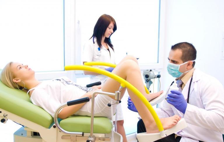 Xét nghiệm Pap được thực hiện nhanh chóng và không đau.