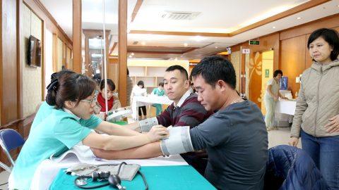 BIDV khám sức khỏe cho nhân viên tại bệnh viện Thu Cúc