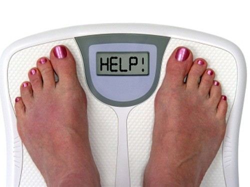 Một số người cảm thấy ít đói hơn khi họ chán nản, trong khi đó những người khác lại không thể ngừng ăn.