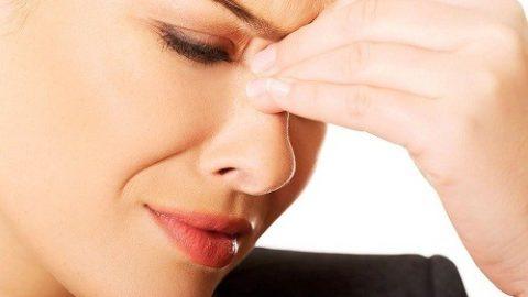 Bệnh viêm xoang mạn tính: nguyên nhân và triệu chứng
