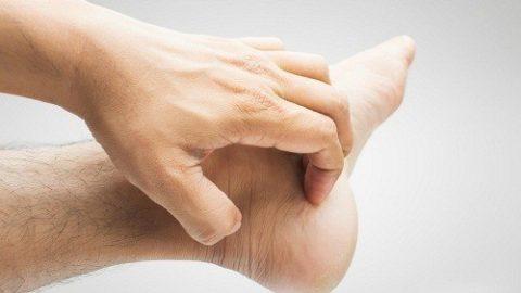 Nguyên nhân gây ngứa ở bàn tay và bàn chân