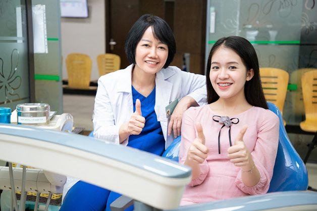 Chuyên khoa Răng Hàm Mặt bệnh viện ĐKQT Thu Cúc sở hữu đội ngũ y bác sĩ giỏi, nhiều năm kinh nghiệm, chuyên môn cao