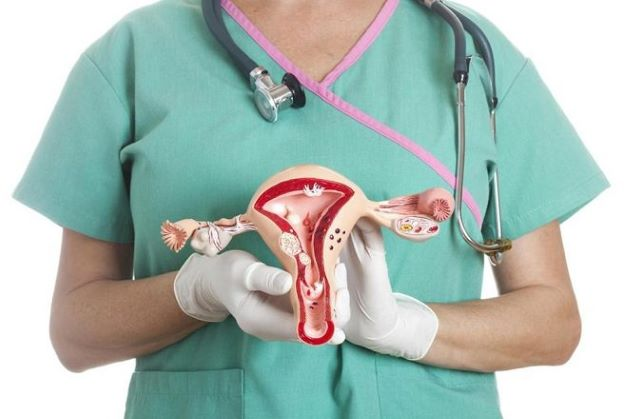 """""""Xin hỏi bác sĩ, chụp tử cung vòi trứng có đau không? Bác sĩ có thể nói rõ hơn về phương pháp này được không? Cảm ơn bác sĩ!"""""""