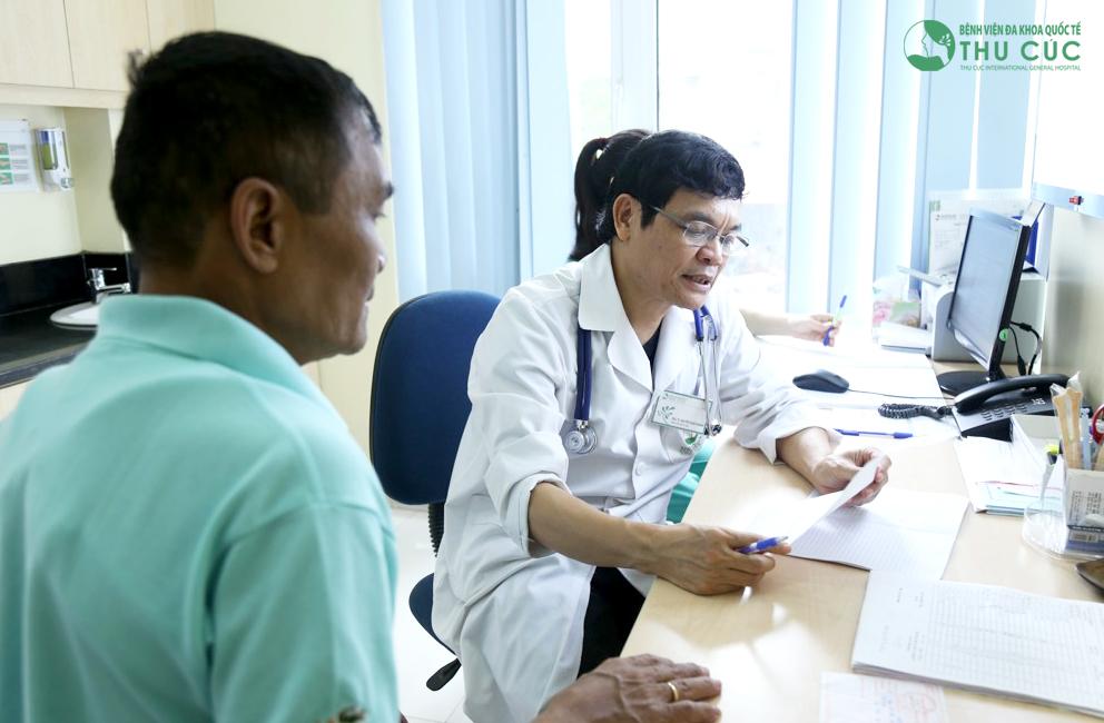Đi khám bác sĩ ngay nếu nghi ngờ bị mất nước hoặc đã nôn mửa kéo dài hơn 24 giờ