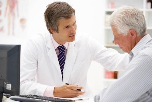 Người bệnh cần tuân thủ theo đúng phác đồ điều trị của bác sĩ để ngăn ngừa những di chứng của bệnh lao phổi xảy ra