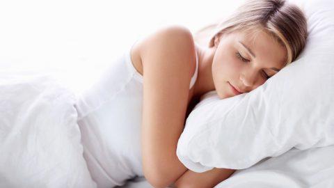 Tim đập nhanh khi ngủ tim đập từ 60 – 80 lần/phút