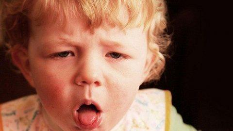 Nguyên nhân gây ho kéo dài ở trẻ những ngày giao mùa