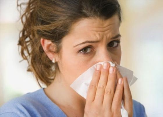 Viêm đường hô hấp kéo dài có thể dẫn đến viêm phế quản
