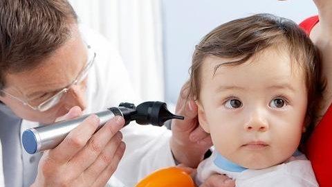 Những điều cần biết về viêm tai giữa ở trẻ nhỏ
