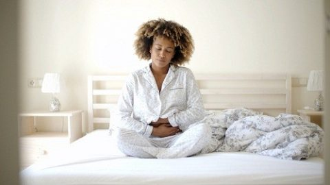 8 cách ngăn chặn ợ nóng vào ban đêm điều cần lưu ý