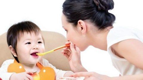 Cách chăm sóc trẻ bị viêm tiểu phế quản
