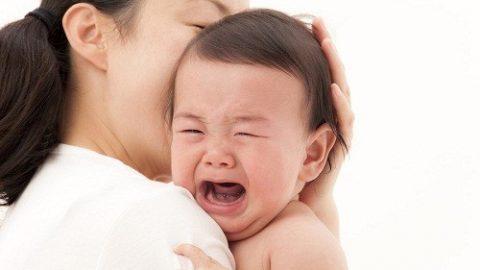 Làm gì khi bé bị viêm phế quản?