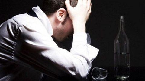 Nghiện rượu dễ gây viêm phổi chức năng gan, nghiện rượu