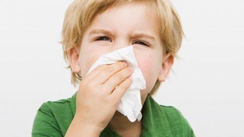 Tìm hiểu nguyên nhân và triệu chứng viêm mũi họng cấp