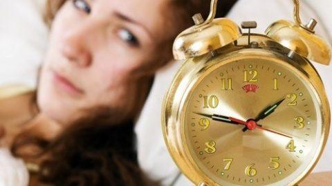 Phụ nữ trung niên mất ngủ do đâu?