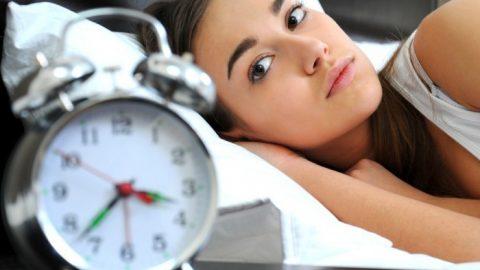 7 thói quen ban ngày phá hủy giấc ngủ vào ban đêm