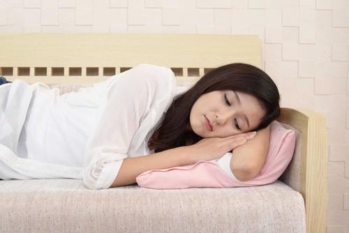 Máu kinh nguyệt và máu có thai khác nhau thế nào là băn khoăn của nhiều bạn nữ.