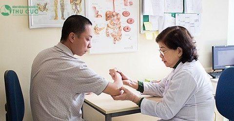 Hiểu về bệnh viêm cột sống dính khớp