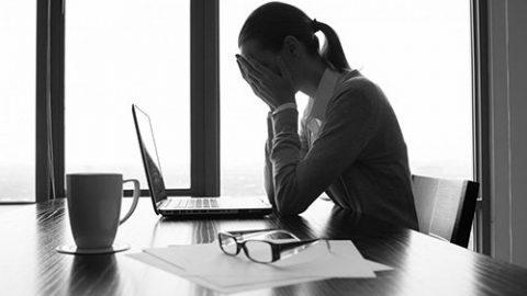 Chứng đau đầu mạn tính và cách điều trị