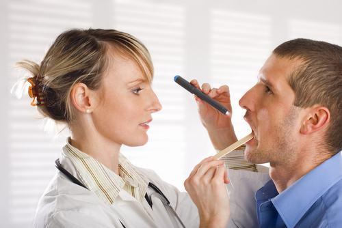 Để quan sát hình ảnh ung thư miệng người bệnh cần tới bệnh viện có khoa Ung bướu.