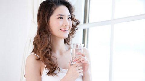 Uống nước buổi sáng có tác dụng gì?