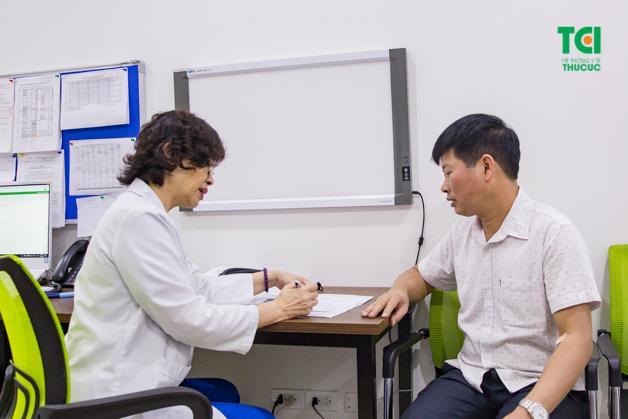 Khi có triệu chứng của bệnh viêm niệu đạo, người bệnh cần nhanh chóng tới bệnh viện để tiến hành thăm khám