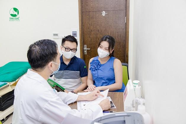 Thăm khám thai định kỳ thường xuyên để theo dõi sức khỏe của mẹ và sự phát triển của thai nhi