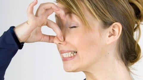 Khí hư có mùi hôi nhưng không ngứa là vì sao?
