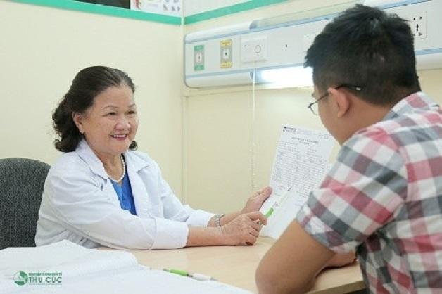 Nếu tuổi dậy thì đến quá sớm, các bậc cha mẹ nên đưa con em mình tới bệnh viện thăm khám để có hướng điều chỉnh phù hợp