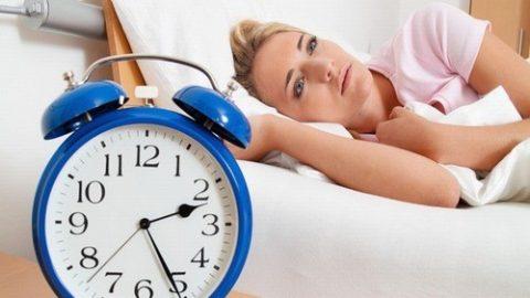 Mất ngủ dẫn đến huyết áp cao và cách phòng ngừa hiệu quả
