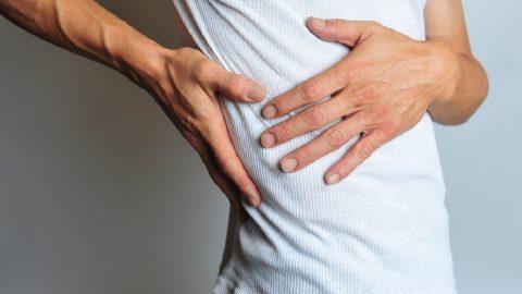 Đau nhói ở sườn phải là bệnh gì và cần làm gì?