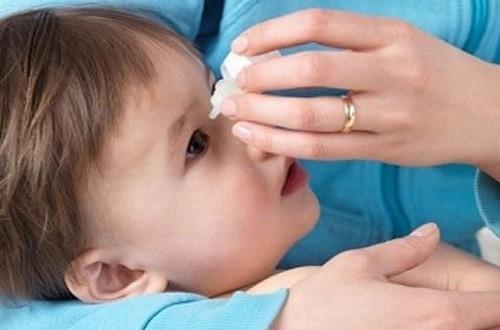 Tắc tuyến lệ có nguy hiểm không - Người bệnh tắc tuyến lệ cần được thăm khám và chẩn đoán điều trị hiệu quả