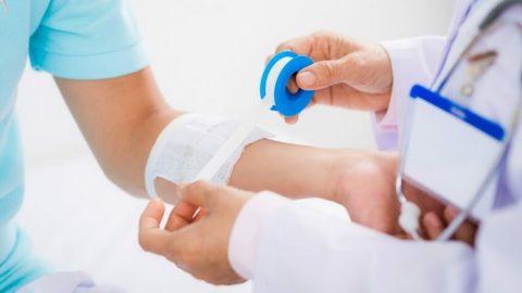 4 bước xử trí hiệu quả vết thương nhiễm trùng mưng mủ