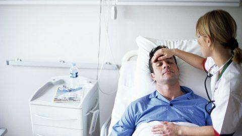 Vì sao bị sốt sau khi mổ ruột thừa,có đáng lo ngại không